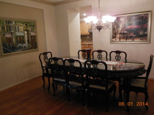 New dinnning room with pictures